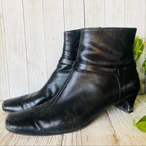Salvatore Ferragamo • Black Leather Ankle …